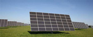 cleans solar panels and protects efficiency